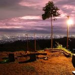 Pesona Wisata Malam Bandung