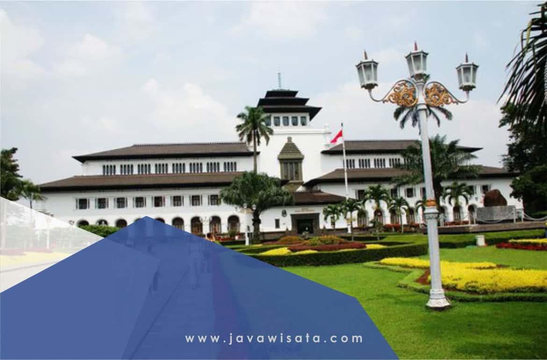 Paket Tour Bandung Berangkat dari Lampung