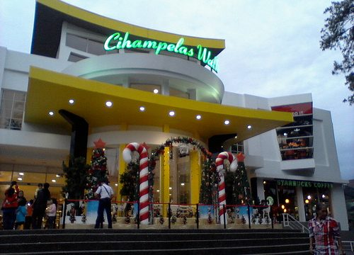 5 Mall Bandung yang wajib di Kunjungi