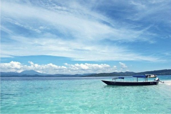 Pantai Lagundri dan Pantai Sorake