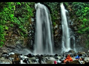 9 Wisata Air Terjun Yang Indah di Bandung