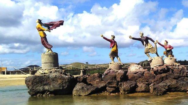 Wisata Pantai Kuta Lombok Ini Wajib Jadi Destinasi Tujuan Anda