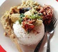 6 Tempat Makan Legendaris Bali Ini Wajib Anda Icip