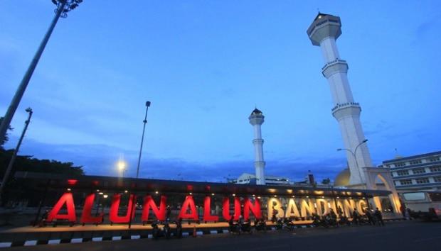 Mengulik Ragam Kerajinan dari Kertas di Bandung