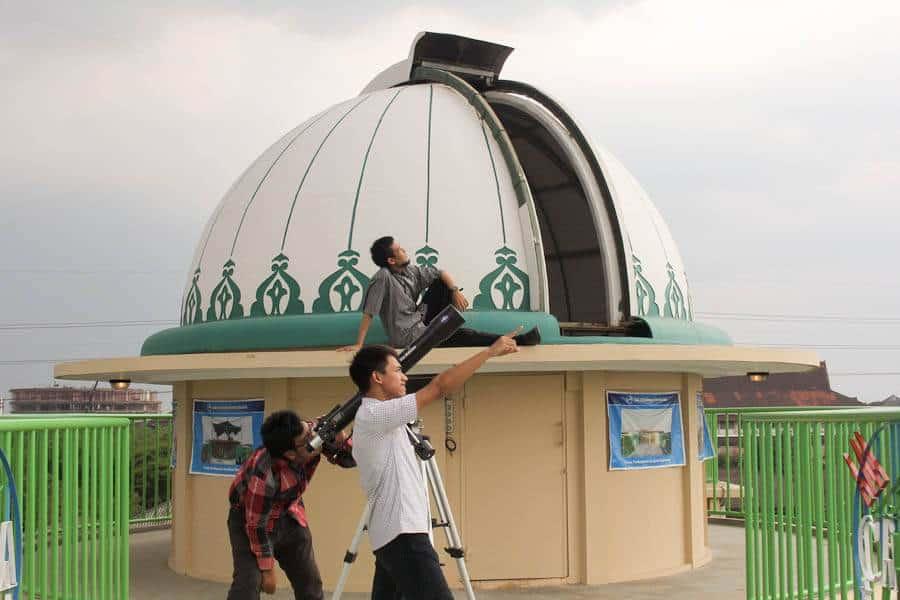Mengenal Ilmu Astronomi di Imah Noong