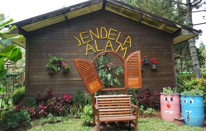 Membuka Wawasan di Jendela Alam Lembang