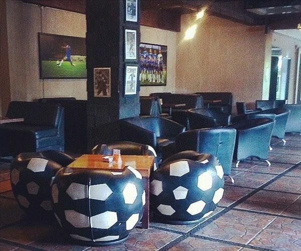Cafe & Lounge Persib bisa dijadikan tempat Nonton Bareng