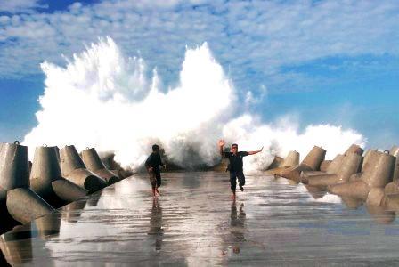 Pantai Glagah Yogyakarta, tour jogja, wisata jogja