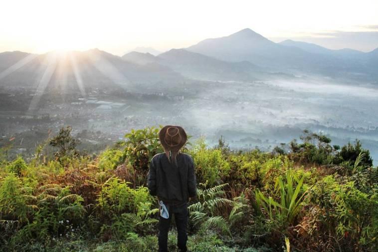 Gunung Putri Lembang Tawarkan Pemandangan Sempurna