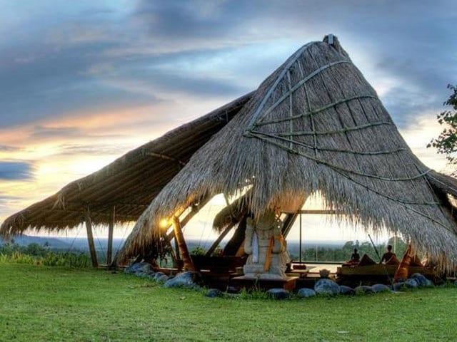 Negeri Atas Awan Ada di Desa Munduk Bali