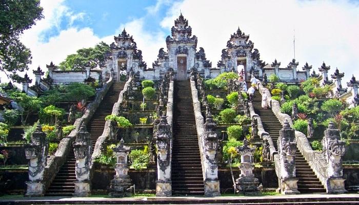 Objek Wisata Pura Besakih Bali, Destinasi Wisata Religi Yang Populer Di Pulau Dewata
