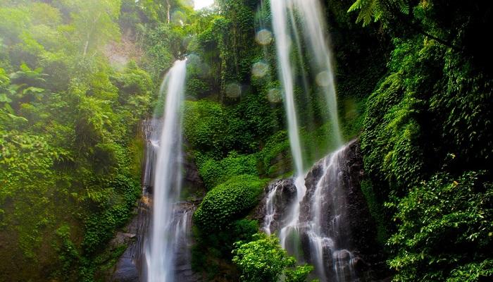 Wisata Air Terjun Sekumpul Bali
