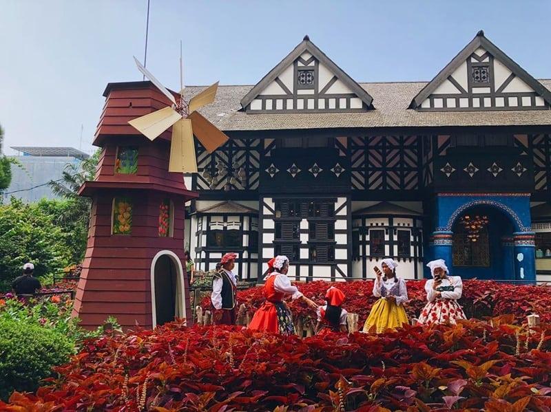 Menikmati Keseruan Farmhouse Lembang Bandung