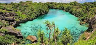 Menikmati Keindahan Danau Weekuri