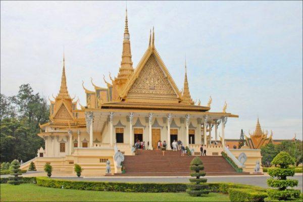 Le Palais Royal Phnom Penh, wisata ke kamboja, tour ke kamboja