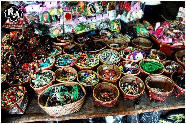 Main Bazaar Kuching, tour malaysia, wisata malaysia