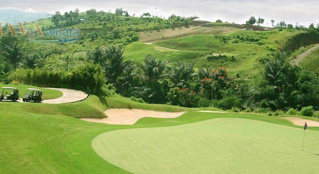 Wisata Golf Bandung